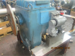 Inspection and repair of FLENDER SZAK 2425 gearbox
