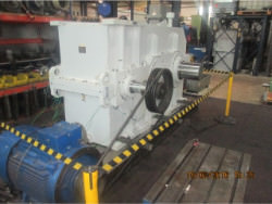 Inspection and repair on ZPMC GFH1600.16.A1A-00 gearbox