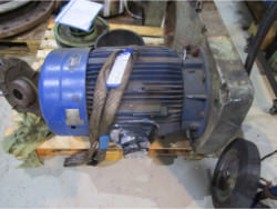Inspection and repair of FLENDER KF140-VU50-6225-M4 gearbox