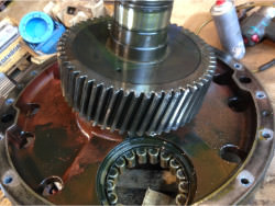 Inspection and repair of FLENDER P2SB-22 gearbox
