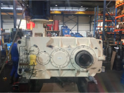 Inspection and repair of FLENDER KFO 630 gearbox