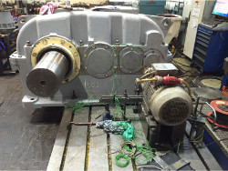 Inspection and repair of FLENDER SVN 500 gearbox
