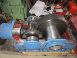 Inspection of a FLENDER B2-DH-14-C gearbox