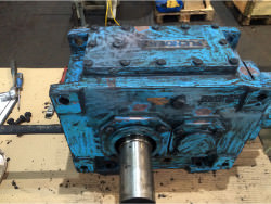 Inspection and repair of FLENDER B2-SV-04A gearbox