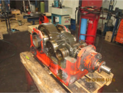 Inspection and repair of FLENDER T3-DH-9-D gearbox