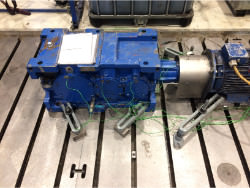 Inspection and repair on RENOLD RX02-814-B-118-ECE gearbox