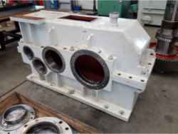 Inspection and repair on ZPMC GFH1050-30 gearbox