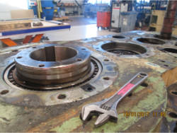 Inspection and repair of FLENDER SDOS 360 gearbox