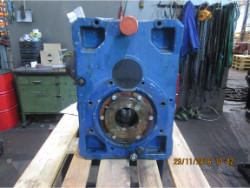 Inspection and repair on ROSSI RCI200U02V gearbox