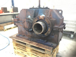 Inspection and repair of FLENDER KEA 360 gearbox