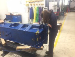 Caja de cambios Kumera Inspection and repair of damaged Kumera LD-3450-90-R-E1 gearbox