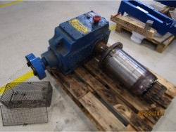 Inspection and repair of FLENDER SOND-175 gearbox