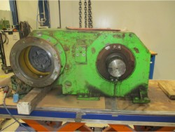 Inspection and repair on STAHL L8126B gearbox