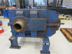 Inspection and repair on FLENDER KBH 400/S/So gearbox