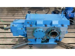 Inspection and repair on THYSSENKRUPP KSZg 355 Pu gearbox