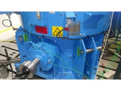 Inspection and repair on FLENDER KMP-200 gearbox