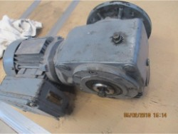 Inspection and repair on SEW SA42eD17D4 gearbox