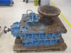 Inspection and repair on OSTERMANN KNV2-280R gearbox