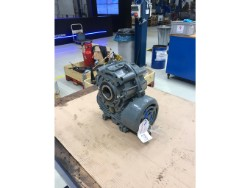 Inspection and repair on FLENDER COHA-100 gearbox