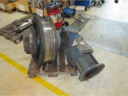 Inspection and repair on ROSSI RC-21-180-UO2A gearbox