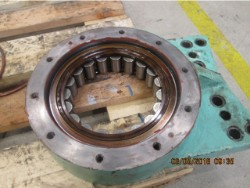 Inspection and repair on ULSTEIN 4500AGC-KP gearbox