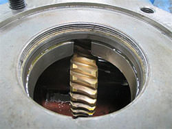 Repair of a FLENDER gearbox