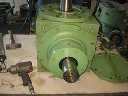 Inspection of a GRAESSNER gearbox