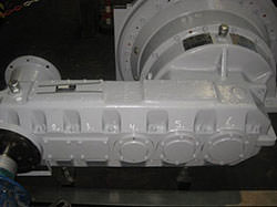 Repair of a HYOSUNG gearbox