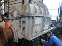 Service on a JAHNEL KESTERMANN gearbox