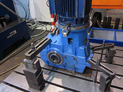 Service on a KONE CRANES gearbox