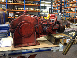 Repair of a M.A.N. gearbox