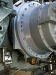 Assembling spacers on gearbox DEMAG HVK 32 2